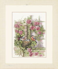 Nesting Birds In Rambler Rose Lanarte PN-0008020